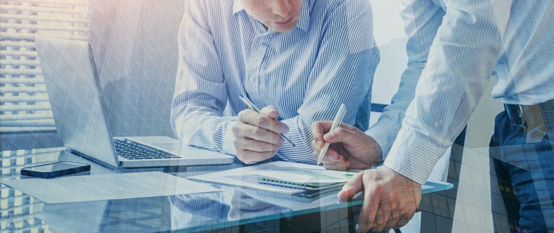 Yrityslautturi valmentaa johtamiseen, parempaan palveluun ja lisämyyntiin.